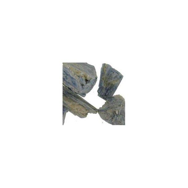 Cyanit rå små 10-15 gram