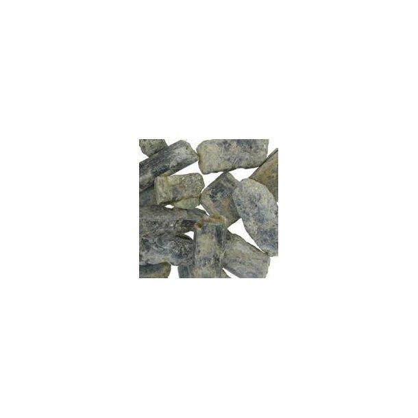 Cyanit rå store 15-30 gram